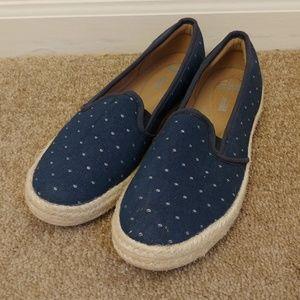 Clark's Blue Pattern Slip On Espadrilles Size 8M
